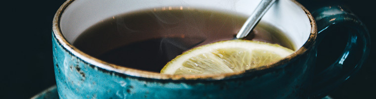 Zitronenkaffee als Hausmittel gegen Kopfschmerzen