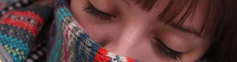 Sowohl gegen Erkältungen als auch gegen Grippe kann man mit Hausmittel behandeln