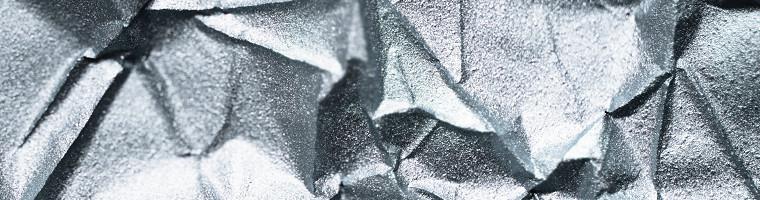 Kolloidales Silber kann bei äußerlicher Anwendung Keime abtöten. Die innerliche Anwendung wird nicht empfohlen, da es keine Wirkung zeigt.